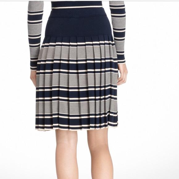 e2f035aeef8 Tory Burch Skirts | Virginia Skirt In Navy Blue Sz L | Poshmark